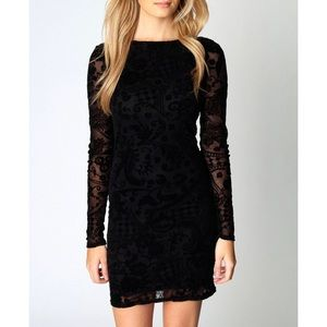 boohoo // Velvet Bodycon Dress